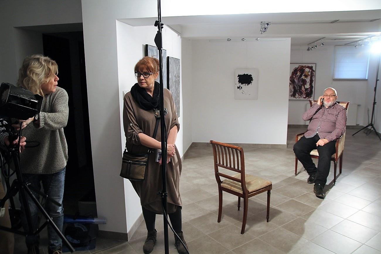 Realizacja nagrania telewizyjnego  z udziałem prof. Lechosława Lameńskiego z KUL. Galeria sztuki spa spot, 25 marca 2017 roku.